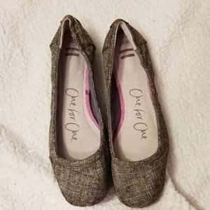 TOMS One for One Size 9.5